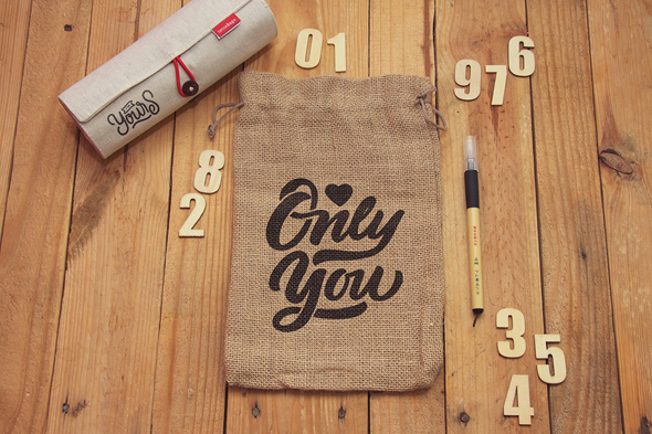Free Burlap Jute Bag Packaging Mock-up