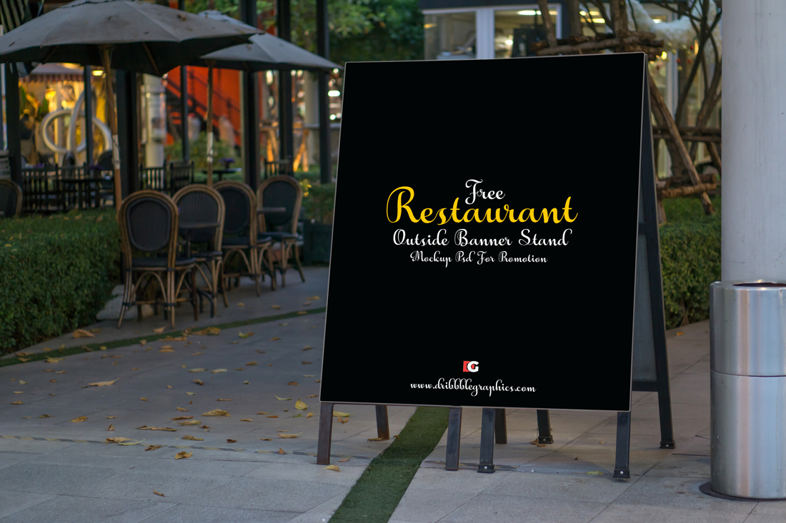 Free Restaurant Outside Banner Stand Mock-up Psd