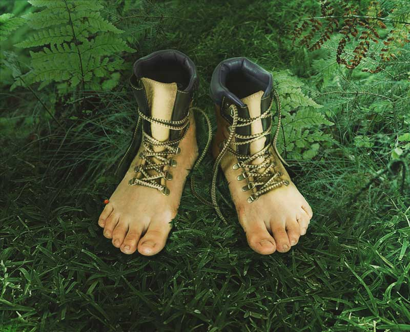 How-to-Create-Realistic-Feet-Inspired-Hiking-Boots-in-Adobe-Photoshop