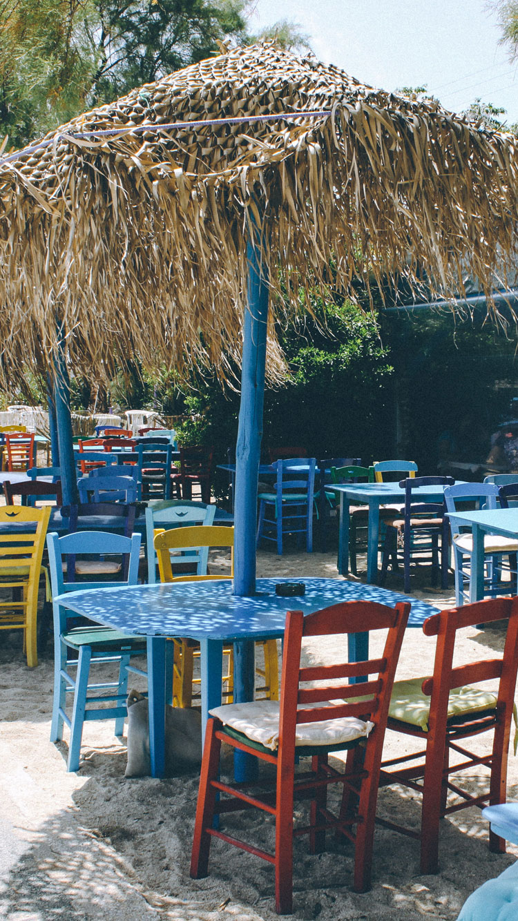 BEACH-CAFE-IN-GREECE-iPhone-Wallpaper