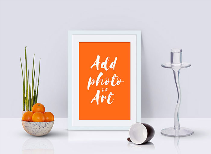 Free-Photo-Frame-Mockup-PSD