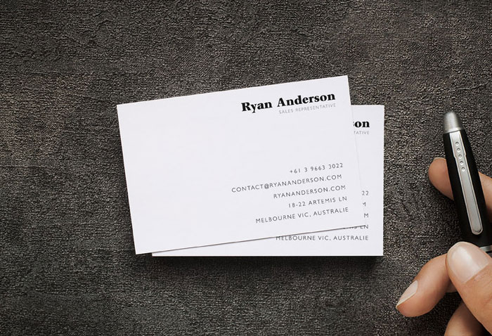 Free-Front-View-Business-Card-Mockup