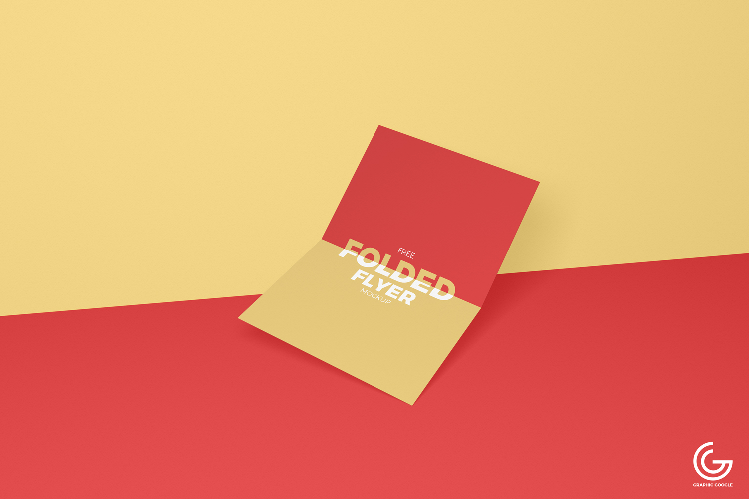 Free-Centre-Folded-Flyer-Mockup-PSD