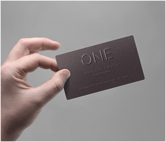 Free-Realistic-Business-Card-In-Hand-Mockup