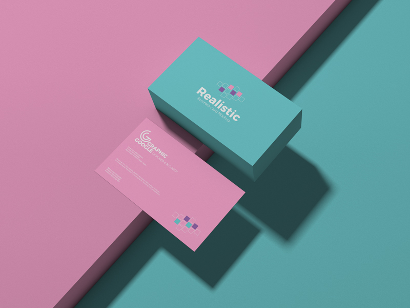 Free-Realistic-Business-Card-Mockup-600