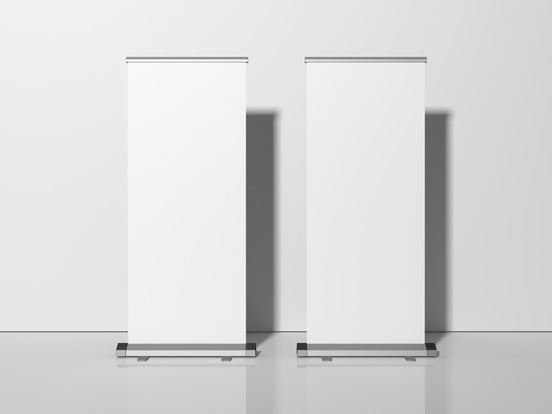Free-Exhibition-Stand-Roll-Up-Banner-Mockup-600