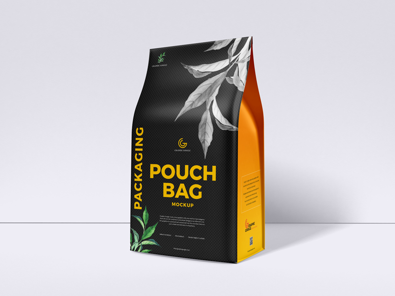 Free-Packaging-Pouch-Bag-Mockup-600