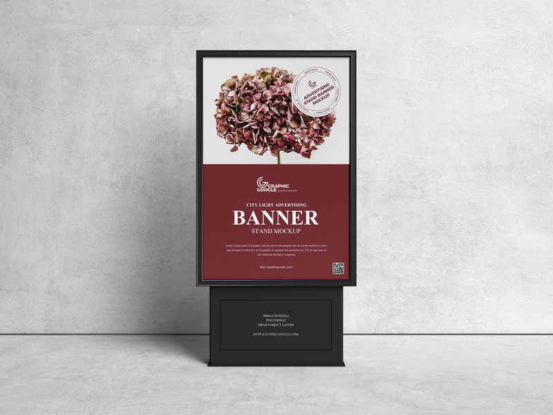 Free-Citylight-Advertising-Stand-Banner-Mockup