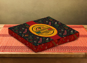 Free Pizza Box Packaging Mock-up Psd File