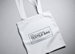 Free White Cotton Textile Bag Mock-up Psd