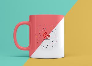 Free Elegant Brand Mug Mockup PSD