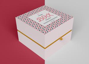 Free-Half-Side-Packaging-Box-Mockup-PSD-2019-300.jpg